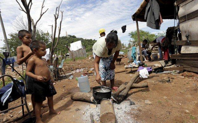 Sufren 18.6 millones de hogares para cubrir alimentación