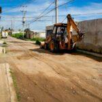 Lupita Daniel da inicio a la pavimentación de la Calle Cañada en la Cabecera municipal.